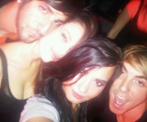 demi and friends image