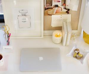 decoration and desk image