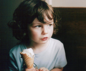 ice cream, child, and vintage image