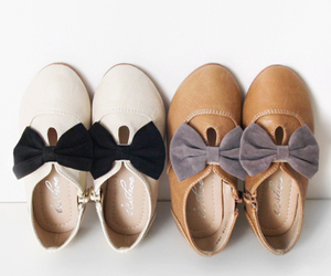 bows, flats, and shoes image