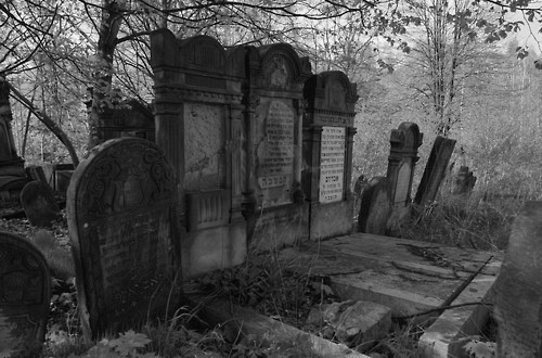 cemetery, black and white, and varnuak image
