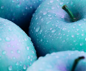 apple, green, and blue image
