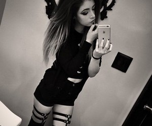 chrissy costanza, Hot, and cute image