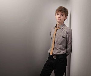 thomas sangster, the maze runner, and newt image