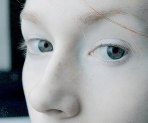 eyes and pale image