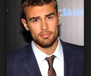 actor, sexy, and tanned image