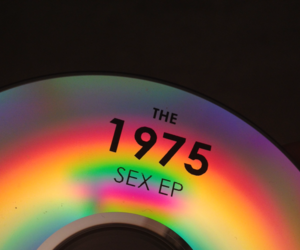fashion, grunge, and the 1975 image
