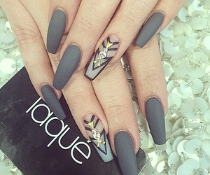 nails, simple, and laque image