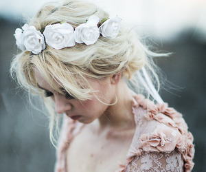fashion, hairstyle, and garland image