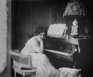 b&w, black and white, and piano image