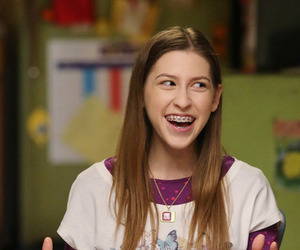 tv, the middle, and sue heck image