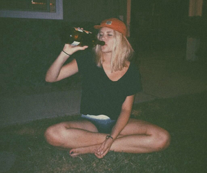 grunge, night, and drunk image