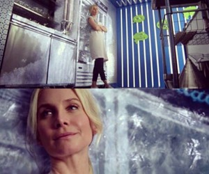 elizabeth mitchell, frozen, and ouat image