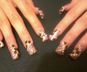 nails, acrylic nails, and uñas image