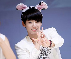 kpop, jungkook, and smile image