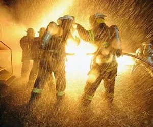 feu, love, and firefighters image