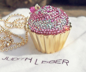 charm, cupcakes, and wow image
