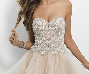 waist natural, occasion homecoming, and neckline sweetheart image