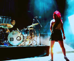 hayley williams, paramore, and paramore concert image