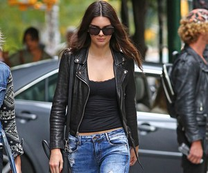 kendall jenner, style, and jeans image