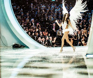 Victoria's Secret, Adriana Lima, and angel image