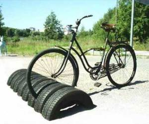 recycle and tires image