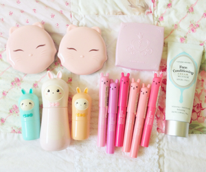 makeup, cute, and kawaii image