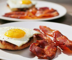 food, bacon, and breakfast image