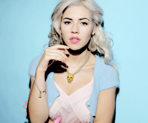 pastel, blue, and marina and the diamonds image