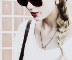 beautiful, fantastic, and Taylor Swift image