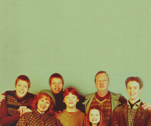 weasly, family, and harry potter image