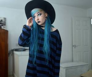 blue hair, dyed hair, and soft grunge image