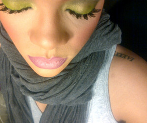 rihanna, green, and lips image