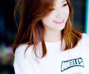 kpop, smile, and apink image