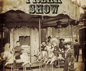 freakshow and american horror story image