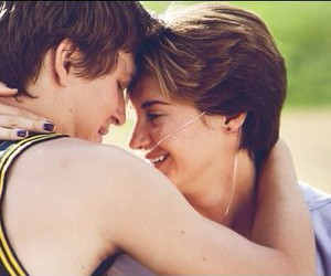 couple, Shailene Woodley, and tfios image