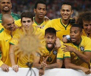 oscar and neymar image