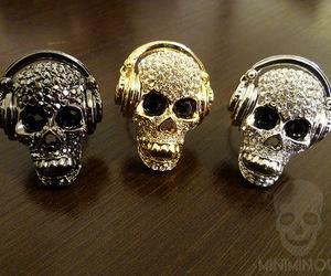 skull and glamour image