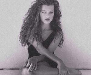 grunge, vintage, and Milla Jovovich image