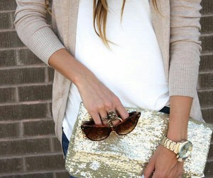 flashy, sparkleinsocalcontest, and sparkly accessories image