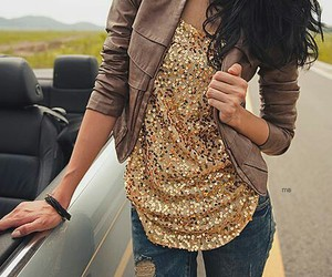 gold, sparkleinsocalcontest, and sparkly shirt fashion image