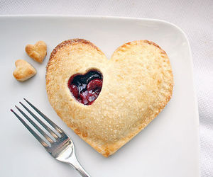 heart, food, and pie image