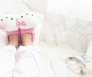 girl, pink, and hello kitty image