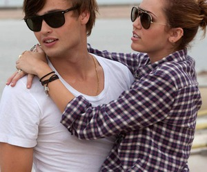 miley cyrus, lol, and couple image