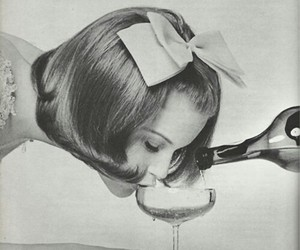 champagne and sip image