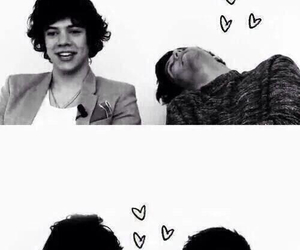 larry stylinson, larry, and Harry Styles image