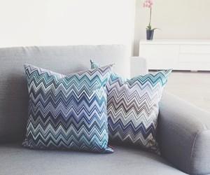 livingroom, missoni, and pillows image