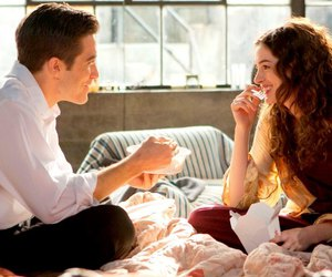 Anne Hathaway, jake gyllenhaal, and love and other drugs image