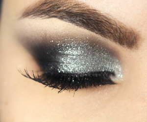 makeup, beautiful, and lipstick image