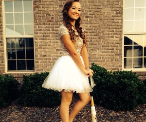 curly hair, homecoming, and madison image